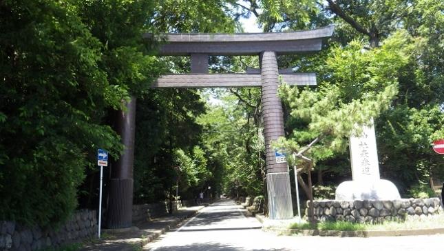 ②010寒川神社一之鳥居